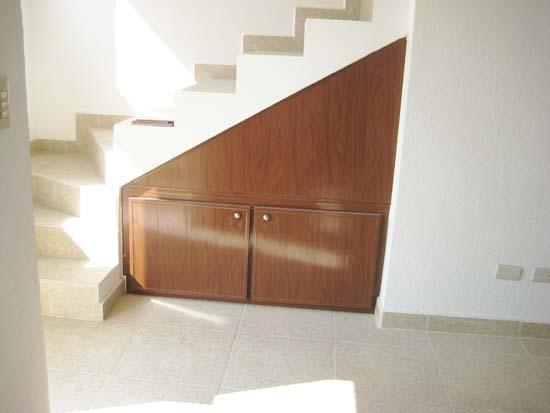 Ertel cocinas closets y puertas de pvc y persianas for Persianas para muebles de cocina