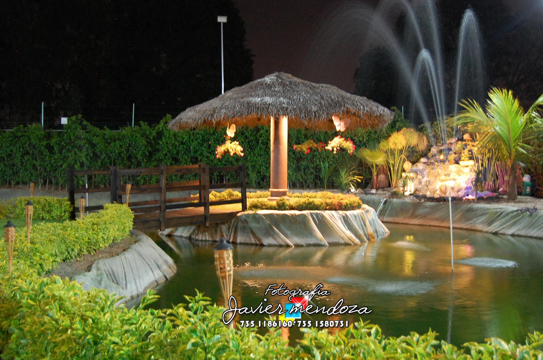 Salon jardin el lago de los sue os cuautla morelos for Bodas sencillas en jardin